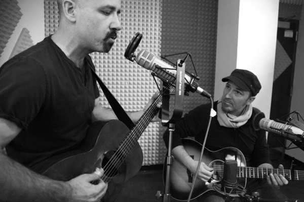 Tony Furtado, left, and Peter Mulvey perform together Jan. 31, 2013 for Alaska Live with Lori Nuefeld.
