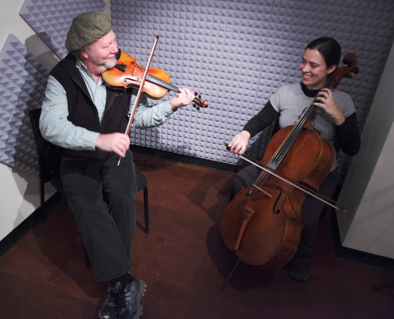 Scottish fiddler Alasdair Fraser and cellist Natalie Haas on Alaska Live.