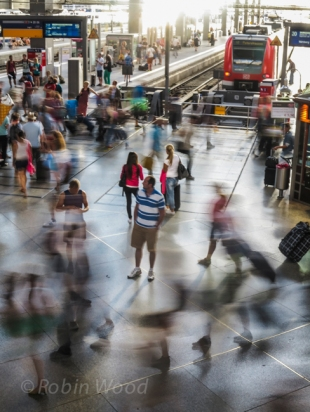A half-second exposure expresses commotion at Munich main station.